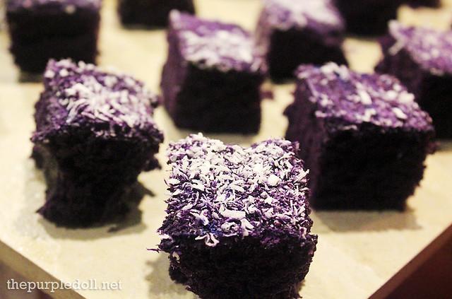 Mini Ube Cakes