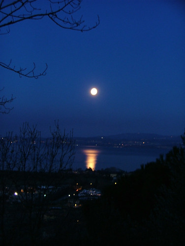 full moon 19 feb 2011