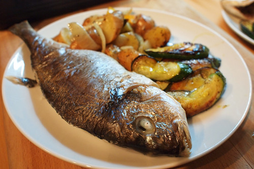 Baked bream with aromatic herbs and lemony potatoes the for Aromatic herb for fish