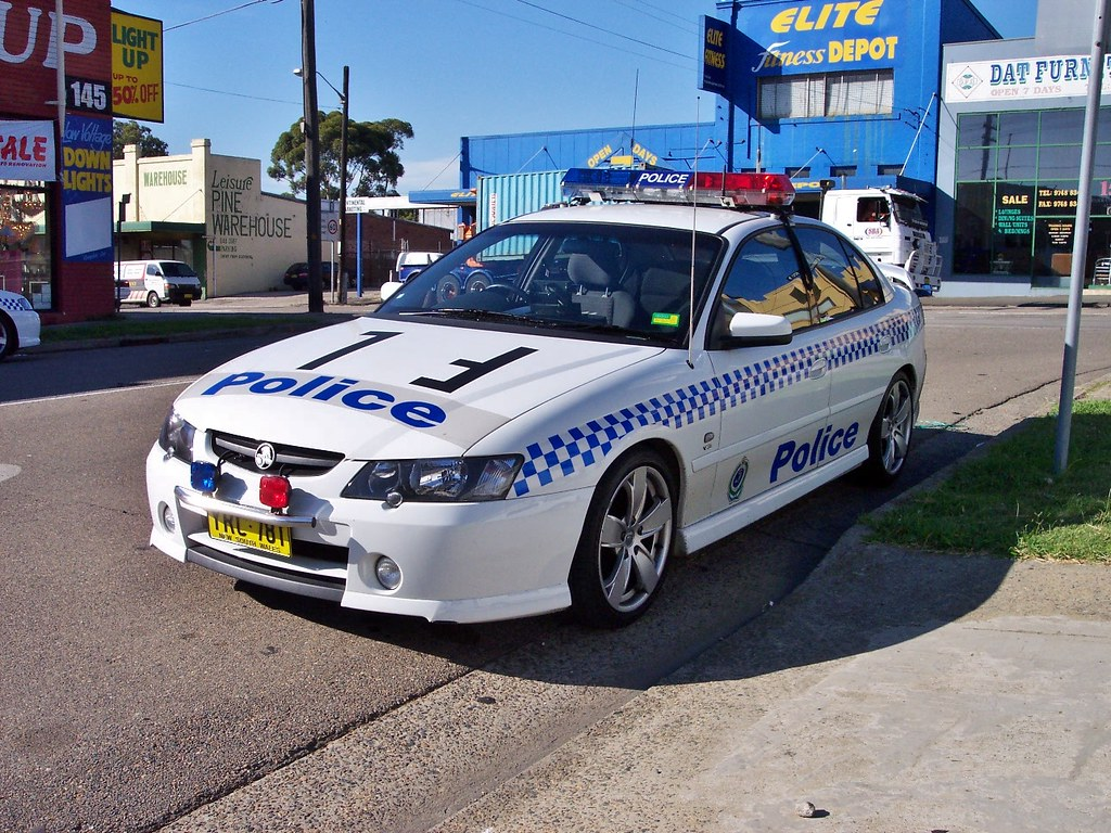 Sv1ambos most interesting flickr photos picssr 2003 holden vy commodore ss nsw police vanachro Images