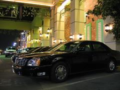 automobile, automotive exterior, wheel, vehicle, automotive design, cadillac dts, sedan, land vehicle, luxury vehicle,