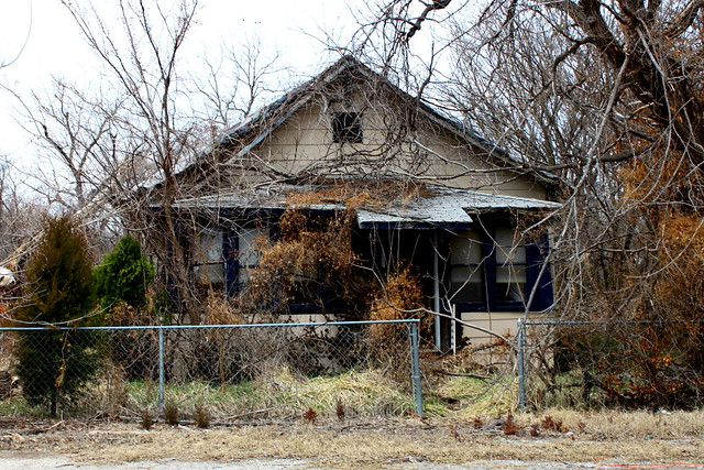 Picher, Oklahoma - Abandoned House | Flickr - Photo Sharing!: flickr.com/photos/29445095@n05/5545440060