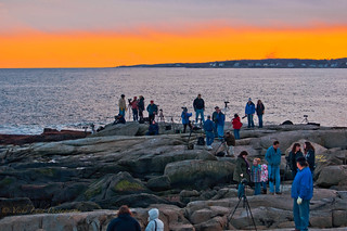 Photographers Gather for the Perigee