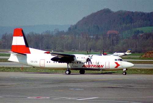 Austrian Airlines Fokker F50; OE-LFA@ZRH;04.04.1995