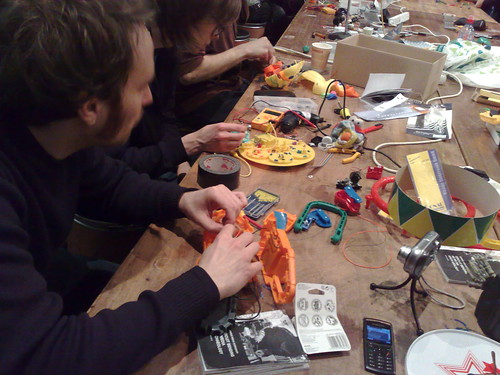 Zombie Media Workshop at transmediale11: Circuit Bending as Media Archaeology