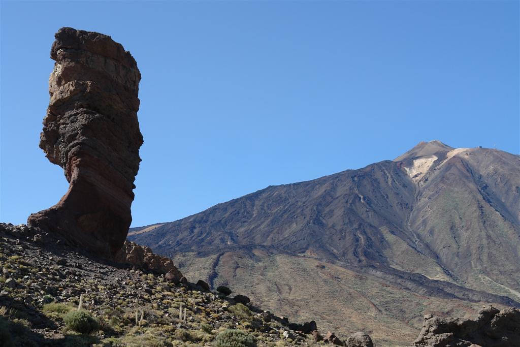 Qué hacer en Tenerife : Dedo de dios y el Teide al fondo qué hacer en tenerife - 5433894499 7cb271e878 b - Qué hacer en Tenerife para tener unas vacaciones completas