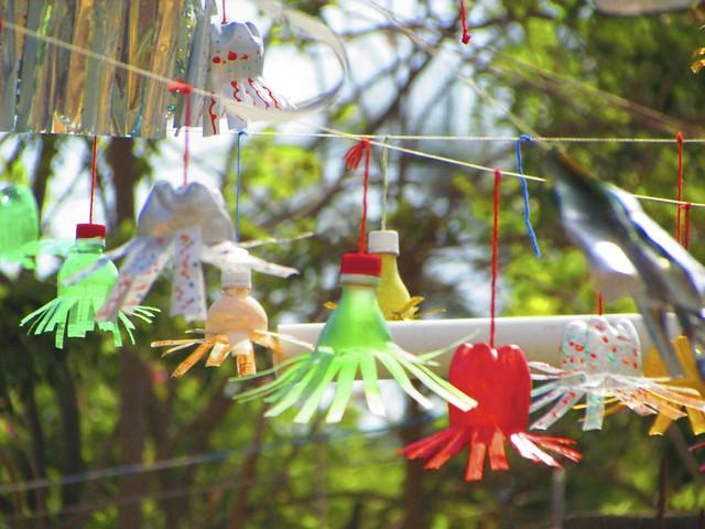 Plastic bottle art flickr photo sharing for Plastic bottle art