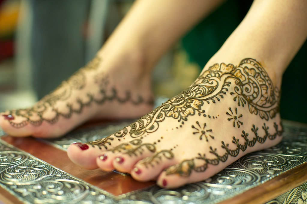 Bridal Mehndi On Foot : Latest bridal mehandi designs for feet