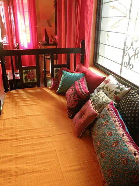 Rang decor interior ideas predominantly indian rang for Bedroom color ideas india