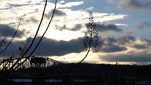 railroad winter sunset silhouette clouds tn tennessee swingbridge clarksville cumberlandriver riversidedrive montgomerycounty turnbridge louisvillenashvillerailroad rjcormanrailroad memphisline
