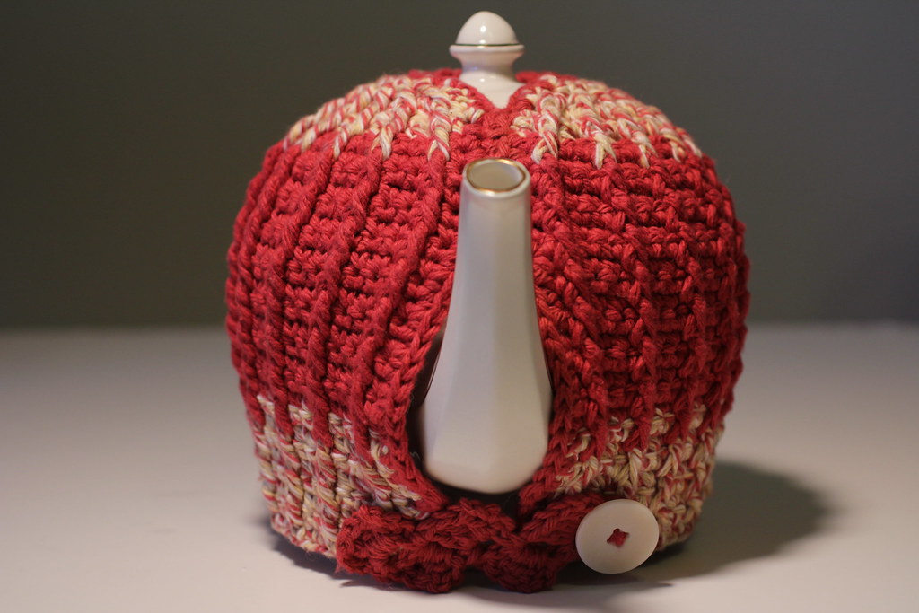 Free Tea Cosy Crochet Patterns Online : TEAPOT COZY PATTERN