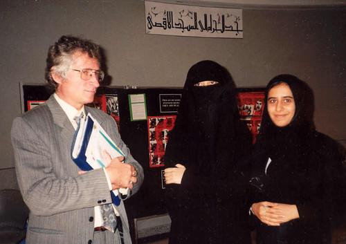 Rozhovor s arabistou Milošem Mendelem o víně v islámském světě