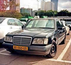 mercedes-benz w126(0.0), classic car(0.0), automobile(1.0), automotive exterior(1.0), vehicle(1.0), mercedes-benz 500e(1.0), sedan(1.0), land vehicle(1.0), luxury vehicle(1.0),