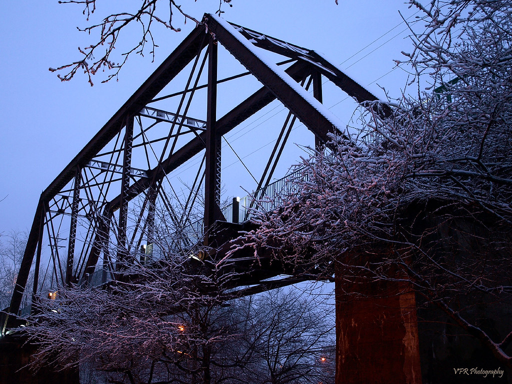 Elevation of clarksville tn usa maplogs railroad bridge winter snow cold ice twilight tn dusk tennessee steel bridges tc clarksville commercestreet icg sciox Image collections