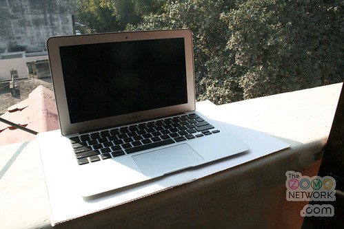ASUS ULTRABOOK OR MACBOOK AIR