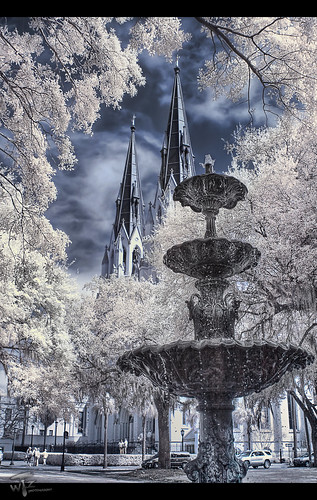 fountain georgia historic liveoak infrared savannah hdr lafayettesquare cathedralofstjohnthebaptist photomatix 3exposures handheldhdr hdrir savannahsquare highdynamicrangephotography theaterwiz theaterwizphotography michaelcriswell