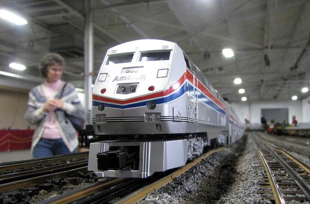 100+ N Scale Amtrak P42 – yasminroohi