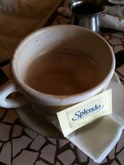 food(0.0), caff㨠macchiato(0.0), caff㨠americano(0.0), chocolate(0.0), espresso(1.0), cup(1.0), coffee milk(1.0), caf㩠au lait(1.0), coffee(1.0), coffee cup(1.0), masala chai(1.0), hot chocolate(1.0), drink(1.0), caffeine(1.0),