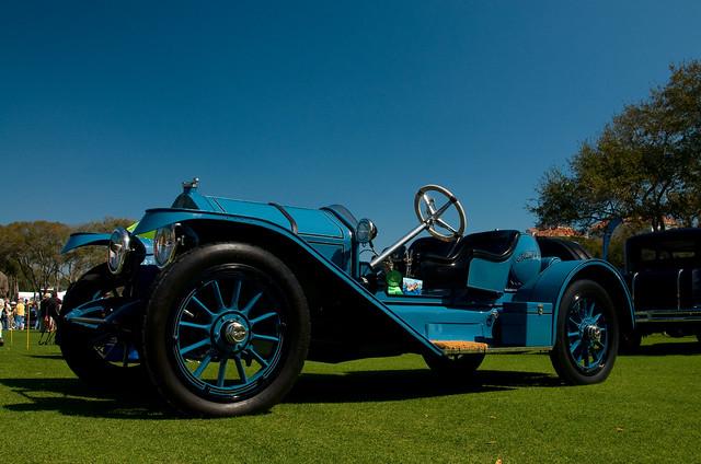 Grundy Classic Car Insurance Agents