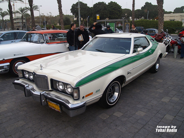 1975 Mercury Cougar XR7 http://www.flickr.com/photos/yohai90/5477629302/