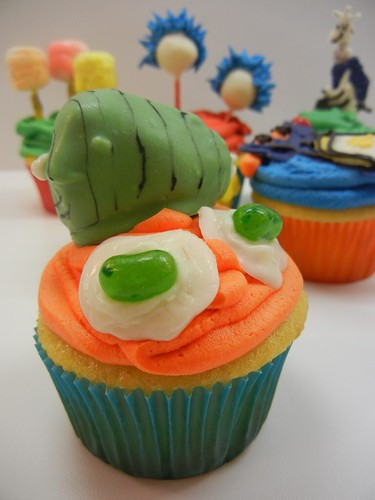 Dr. Seuss cupcakes by Sugar Swings! Serves Some: Green ...