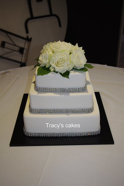 bling wedding cake love bling