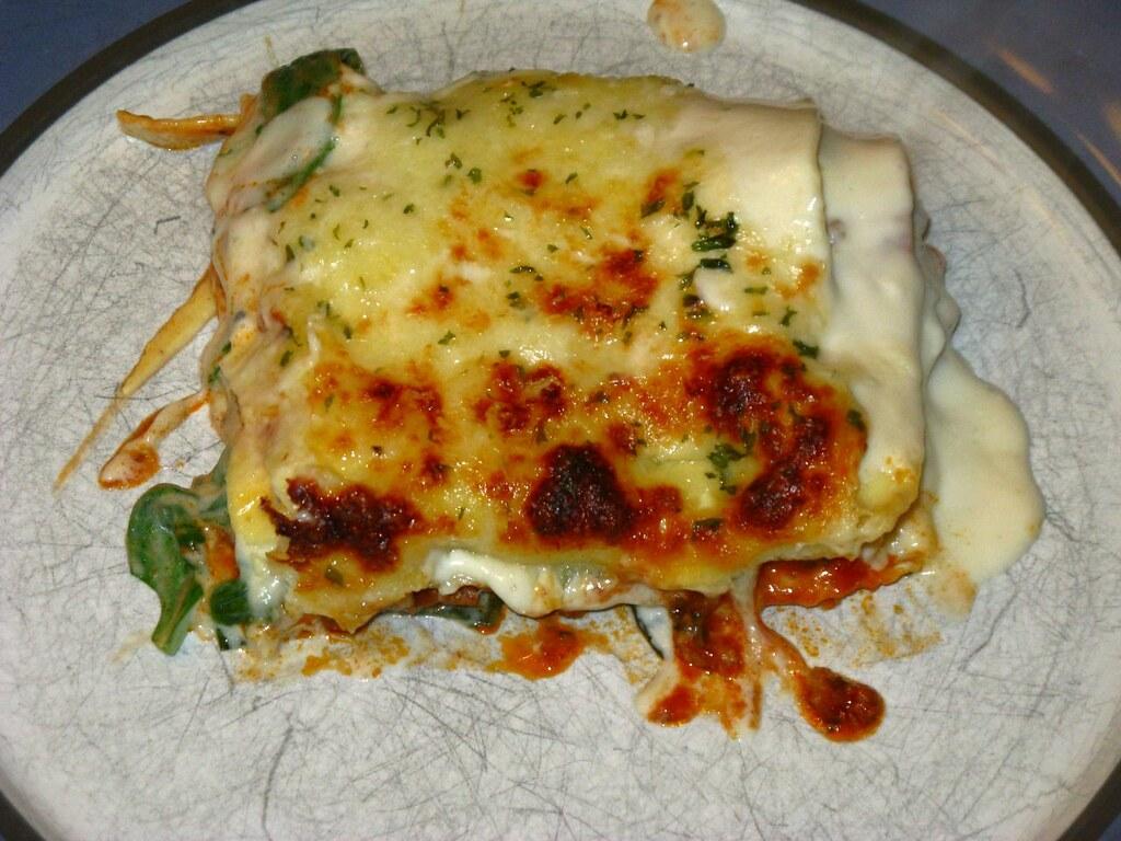 Lasagna besciamella e ragù
