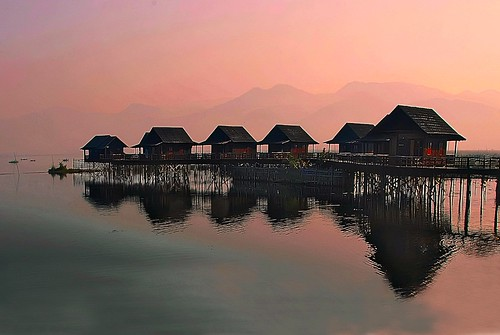 travel lake water dawn burma huts inlelake lansdscape shanstate reflctions bestcapturesaoi elitegalleryaoi masterclasselite