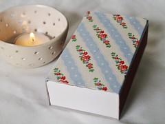 gift(0.0), lighting(0.0), wedding favors(1.0),
