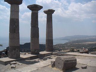 The Temple of Athena at Assos (I)