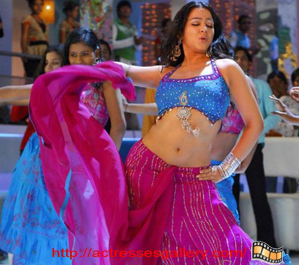 Charmi Kaur KOLLYWOOD MALLU MASALA ACTRESS Only in Blouse WithOut Bra ...