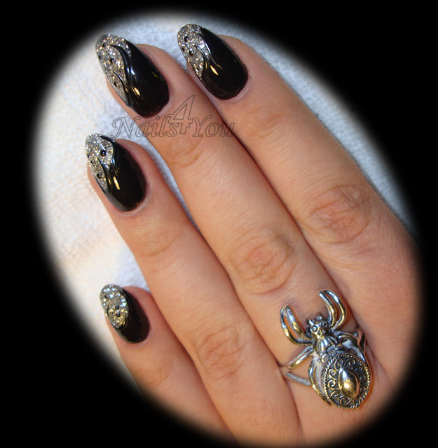 goth nail art | Flickr - Photo Sharing!