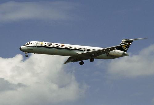 MD-83 YV-39C