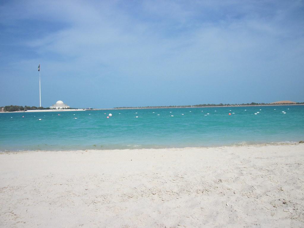 пляж абу даби оаэ