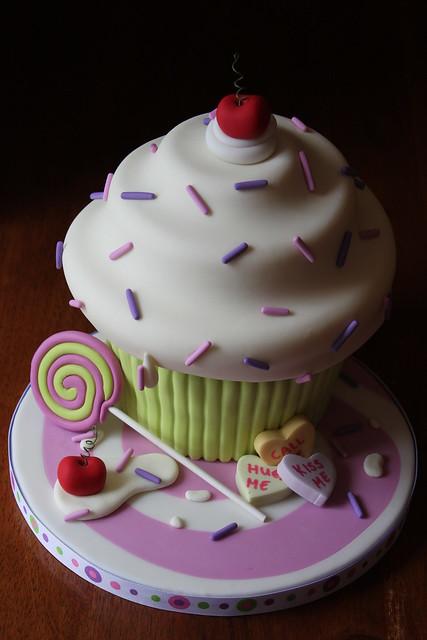 Giant Cupcake demo