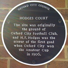 Photo of H. F. Hodges and Oxford City Football Club black plaque