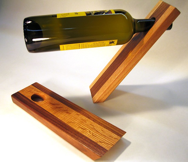 Photo - Wine bottle balancer plans ...