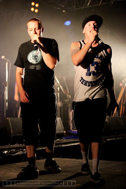 EvilEddie@TheWoodfordFolkFestival-30thDecember2010-1