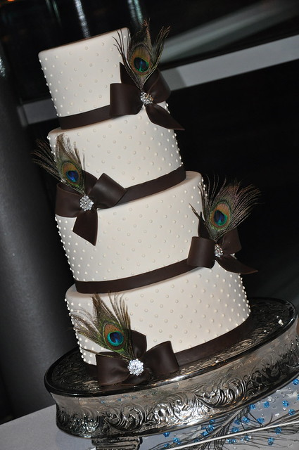 Peacock Feather Wedding Cake Just a simple yet gorgeous cake that totally