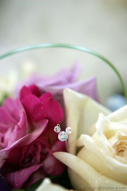 Hidden Mickey in Disney wedding bouquet wwwmagicalkingdomscom