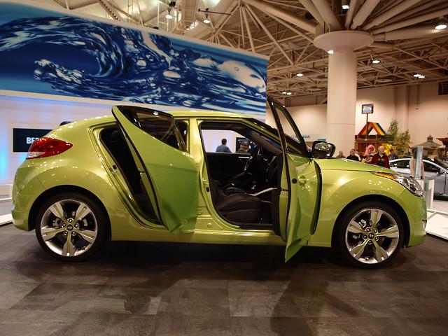 2012 Hyundai Veloster 4