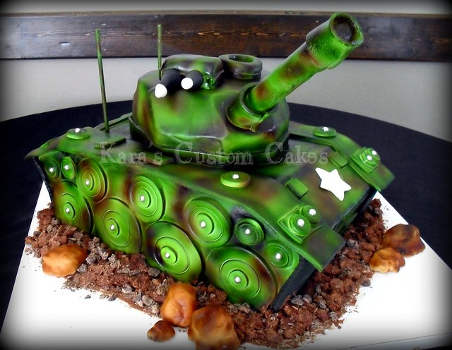 Army Tank Cake  3D Army Tank cake. Everything is edible bes ...