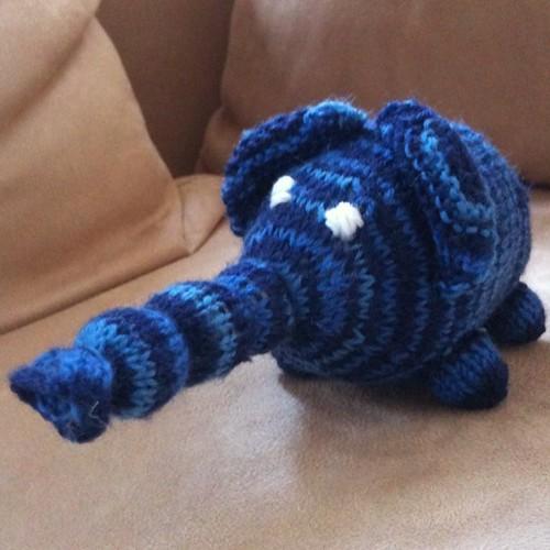 Darf ich vorstellen: der phallische Elefant