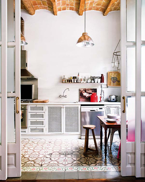 kitchen from decorator Montse Esteva who lives in Barcelona, Spain. Via Syle-files