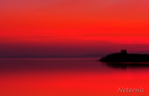 sunset red lake reflection water silhouette sunrise landscape bayern bavaria mirror see twilight wasser waves alone dusk peaceful calm late outline chiemsee afterglow wellen abendrot chiemgau