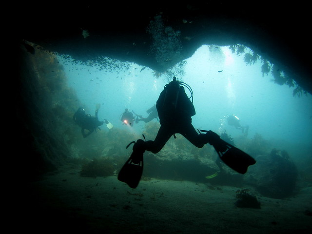 Poor Knights Diving - Scary Cave
