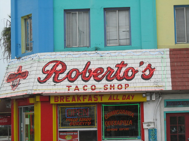 Robertos Taco Shop Featured on Food Paradise - YouTube
