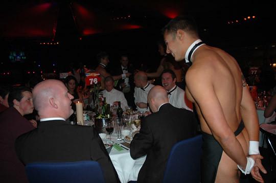 Nude Waiter 107
