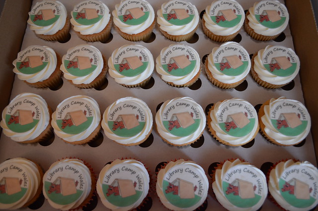 a picture of welsh cupcakes