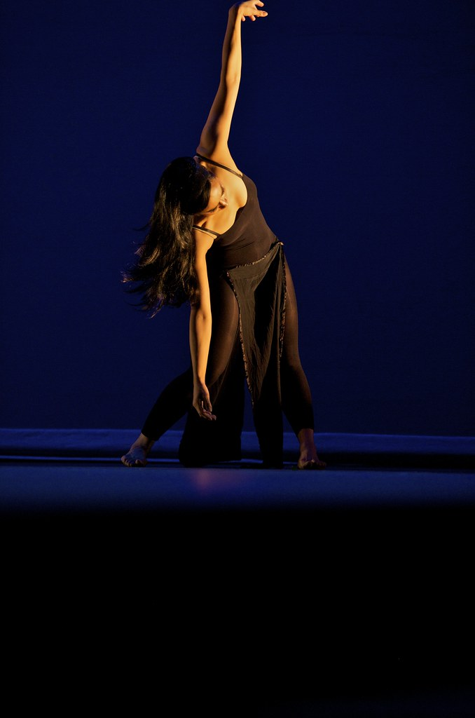 Anasma at Puja 2010 Shackle sea song choreography by Dunya Photo by Joe Marquez  005